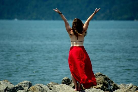 Mulher yoga Paraty